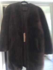 fur_coat_black_a